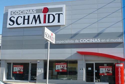 Franquicias Schmidt Cocinas promociona algunos modelos de cocina ...
